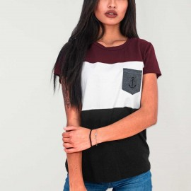 Camiseta de Mujer Negra Patch Special Pocket
